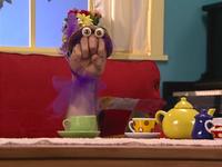 Oobi-Sleepover-Grampu-in-costume