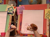 Oobi-Uma-Preschool-meeting-Moppie