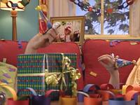 Oobi-Uma's-Birthday-Grampu-brings-his-gift