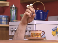 Oobi-Piano-Lesson-Grampu-with-tea