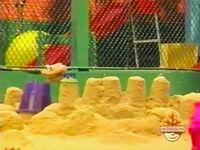 Oobi-shorts-Prince-Uma-building-her-castle