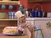 Oobi-Uma's-Birthday-Uma-tastes-the-cake