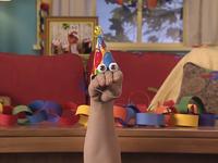 Oobi-Uma's-Birthday-Oobi-wearing-his-hat