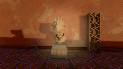 Sun Station Lower Statue.png