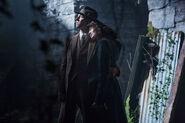S01E01-Caitriona Balfe as Claire Randall and Tobias Menzies as Frank Randall