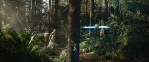 Rey throws the saber