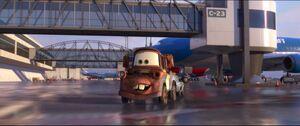 Cars2-disneyscreencaps.com-5220