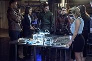 Arrow-the-brave-and-the-bold-team-arrow-team-flash-600x400