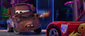 Cars2-disneyscreencaps.com-3044