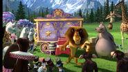 Madagascar3-disneyscreencaps.com-5766