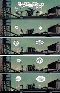 Catwoman-Batman-Pregnant-Comic-Preview-2