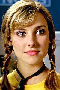 Emma Lahana as Kira Ford 4