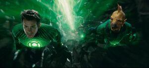 Green-Lantern-Ryan-Reynolds-Rob-Liefeld-Deadpool