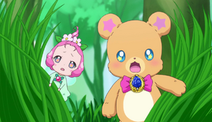 Ha-chan and Moforun finding the cures in public