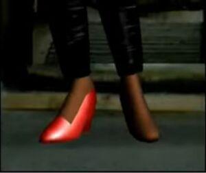Anna Missing Heel