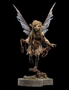 Deet Statue