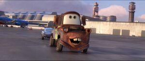 Cars2-disneyscreencaps.com-5252