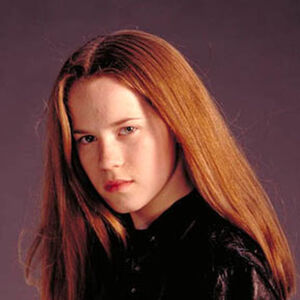 Katie Stuart as Kitty