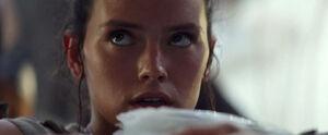 Rey-looking-up