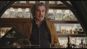 Billy-Connolly-as-Dr-Montgomery-Montgomery-in-Lemony-Snicket-s-A-Series-Of-Unfortunate-Events-billy-connolly-29304846-1360-768-1-