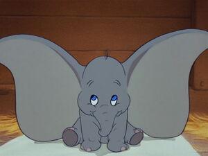 Dumbo-disneyscreencaps.com-1076