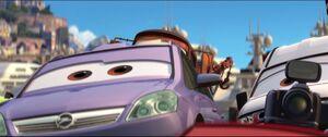 Cars2-disneyscreencaps.com-8660
