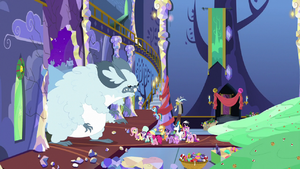 Ponies between winterzilla and pudding MLPBGE
