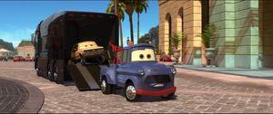 Cars2-disneyscreencaps.com-7562