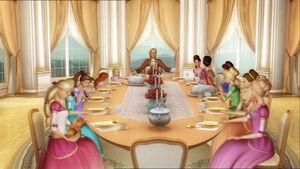 Barbie-12-dancing-princesses-disneyscreencaps.com-467