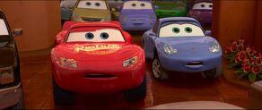 Cars2-disneyscreencaps.com-1817