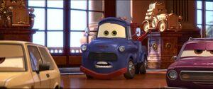 Cars2-disneyscreencaps.com-8333
