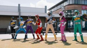 Power.Rangers.Dino.Charge.S22E18