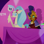 Princess Skystar giving a score of 10 MLPTM.png