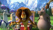 Madagascar3-disneyscreencaps.com-5729