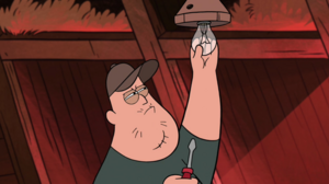 Soos fixing lightbulb