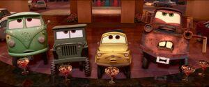 Cars2-disneyscreencaps.com-1631