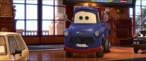 Cars2-disneyscreencaps.com-8457