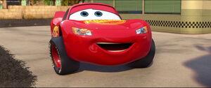 Cars2-disneyscreencaps.com-1138