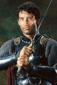 Clive-Owen-King-Arthur