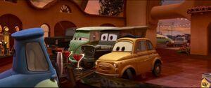 Cars2-disneyscreencaps.com-1438