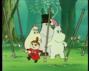 Moomintroll and others are attacked