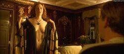 Kate Winslet -Titanic-2.JPG
