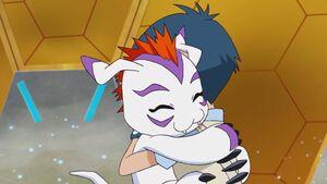Gomamon & Joe hug