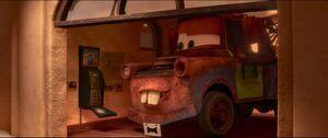 Cars2-disneyscreencaps.com-1821
