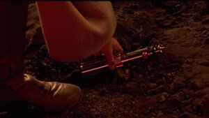 Anakin lukes-lightsaber f607b571