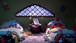 Imagedetnbarrysimonroom