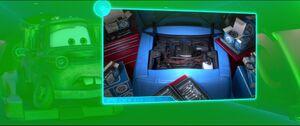 Cars2-disneyscreencaps.com-5640