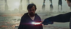 Luke tricks Kylo