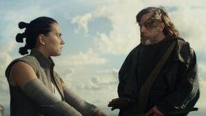 Luke teaches Rey