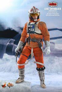 Hot-toys Luke Snowspeeder Pilot